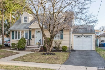 Fair Lawn Single Family Home For Sale: 7-14 Chester Street