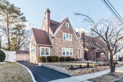 Bergenfield Single Family Home For Sale: 126 Elder Avenue