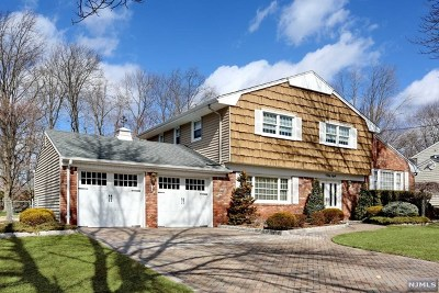 Oradell Single Family Home For Sale: 58 Beechwood Road