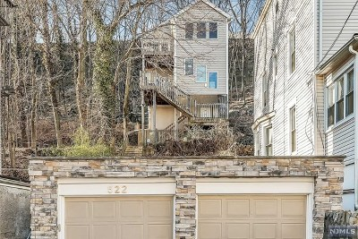 Edgewater Single Family Home For Sale: 522 Undercliff Avenue