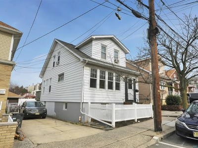 North Bergen Single Family Home For Sale: 806 74th Street