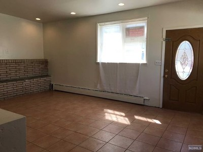 North Bergen Single Family Home For Sale: 1460 67th Street