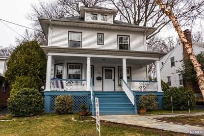 Leonia Single Family Home For Sale: 161 Oakdene Avenue