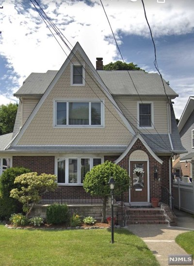 Hasbrouck Heights Single Family Home For Sale: 447 Collins Avenue