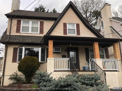 Cresskill Single Family Home For Sale: 53 Palisade Avenue