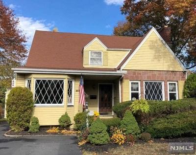 Ridgewood Single Family Home For Sale: 255 Olivia Street