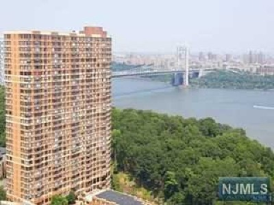 Fort Lee Condo/Townhouse For Sale: 100 Old Palisade Road #2508
