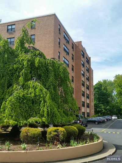 Rental For Rent: 2348 Linwood Avenue #1-O