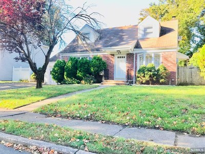 Fair Lawn Single Family Home For Sale: 22 Wilcox Place