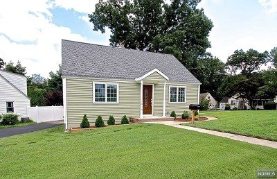 Fair Lawn Single Family Home For Sale: 26-10 Merritt Place