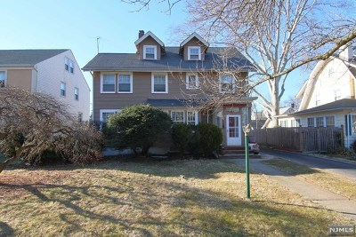 Essex County Single Family Home For Sale: 5 University Court