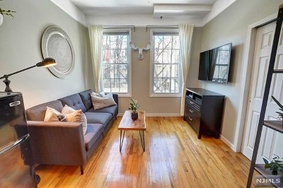 Hoboken Condo/Townhouse For Sale: 224 Madison Street #1a