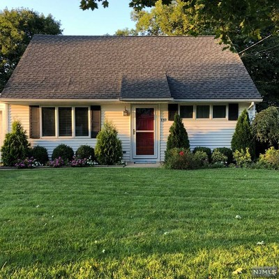 Oakland Single Family Home For Sale: 139 Franklin Avenue