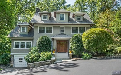 Morris County Single Family Home For Sale: 30 Tower Hill Road