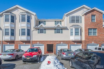 Pompton Lakes Condo/Townhouse For Sale: 30 Federal Hill Road #8