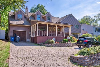 Dumont Single Family Home For Sale: 21 Blish Place