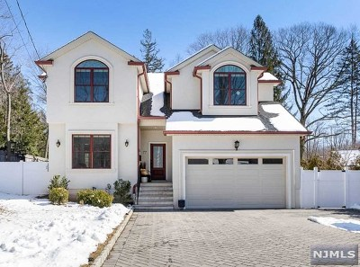 Closter Single Family Home For Sale: 77 Legion Place