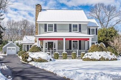 Glen Rock Single Family Home For Sale: 266 Gramercy Place