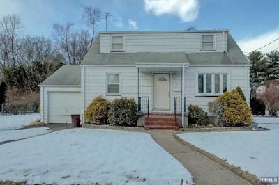 Fair Lawn Single Family Home For Sale: 3 Prescott Place