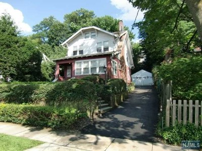 Leonia Single Family Home For Sale: 191 Glenwood Avenue