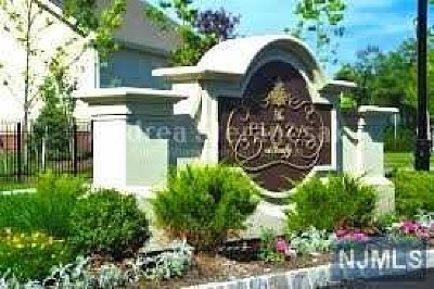 Tenafly Condo/Townhouse For Sale: 3205 The Plaza