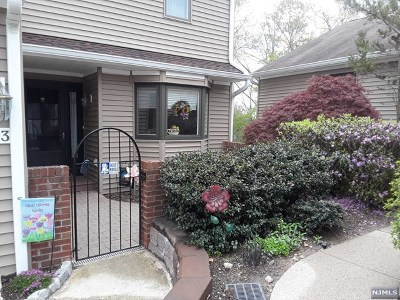 Mahwah Condo/Townhouse For Sale: 83 Fisher Road