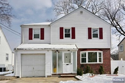 Teaneck Single Family Home For Sale: 769 Redmond Street