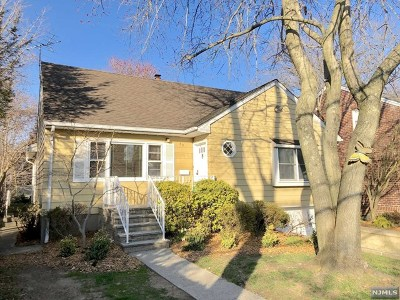 Englewood Cliffs Single Family Home For Sale: 35 East Bayview Avenue