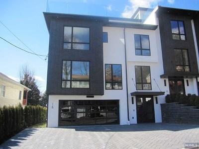 Edgewater Condo/Townhouse For Sale: 16 Casta Lane
