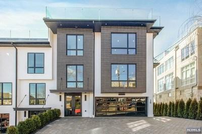 Edgewater Condo/Townhouse For Sale: 18 Casta Lane