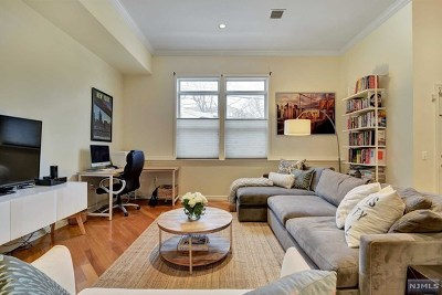 Hudson County Condo/Townhouse For Sale: 550-564 Gregory Avenue #B2