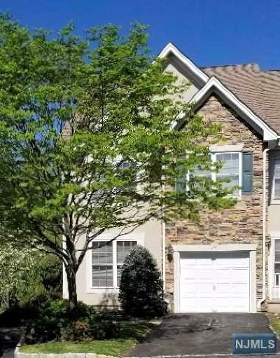 Passaic County Condo/Townhouse For Sale: 12 Magnolia Way