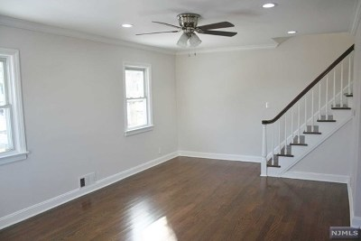 Teaneck Single Family Home For Sale: 68 Teaneck Road