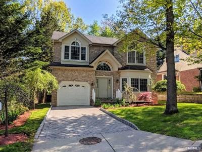 Tenafly Single Family Home For Sale: 70 Davenport Avenue