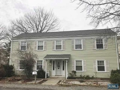 Teaneck Single Family Home For Sale: 494 Marion Street