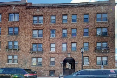 Hudson County Condo/Townhouse For Sale: 1202 Central Avenue #1