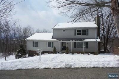 Ringwood Single Family Home For Sale: 53 Lenape Road