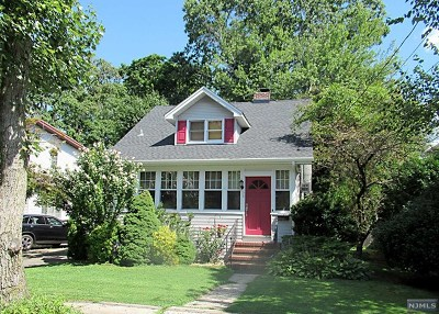 Tenafly Single Family Home For Sale: 33 Lindley Avenue