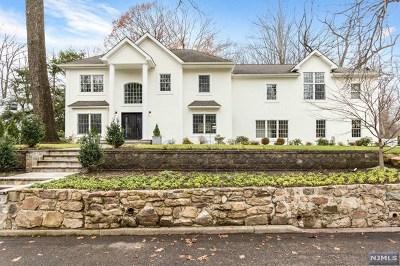Tenafly Single Family Home For Sale: 21 Edgewood Street