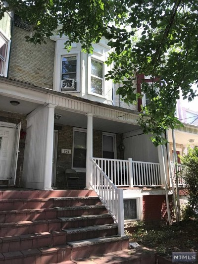 Hackensack Single Family Home For Sale: 204 Sussex Street