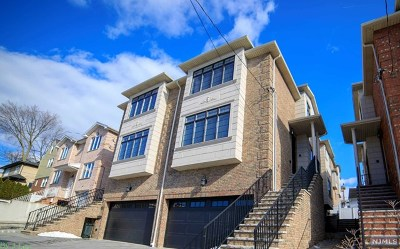 Palisades Park Condo/Townhouse For Sale: 320b 9th Street #B