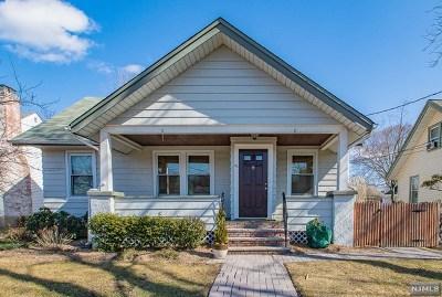 Hawthorne Single Family Home For Sale: 21 Hutchinson Avenue