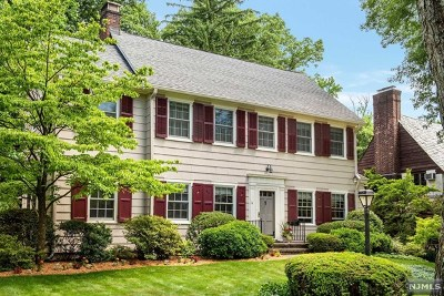 Essex County Single Family Home For Sale: 14 Chester Road