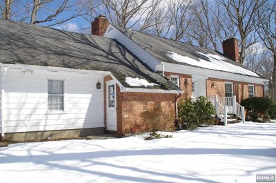 West Milford Single Family Home For Sale: 13 Paul Street
