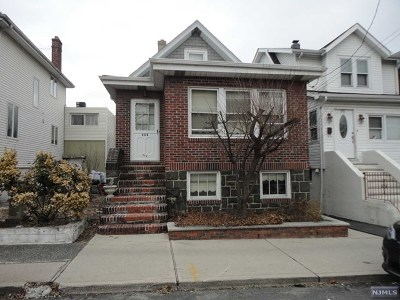 Cliffside Park Single Family Home For Sale: 283 Franklin Avenue