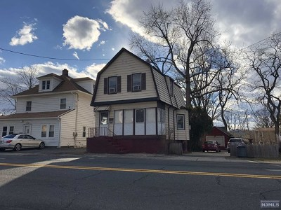Teaneck Single Family Home For Sale: 1658 Teaneck Road