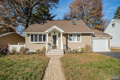Fair Lawn Single Family Home For Sale: 38-53 Vanore Drive