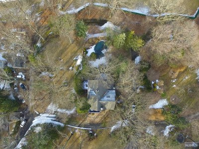 Essex County Single Family Home For Sale: 10 Overlook Park