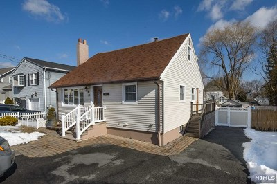 Morris County Single Family Home For Sale: 10 Elm Street