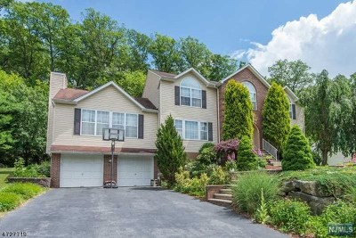 West Milford Single Family Home For Sale: 26 Cherbourg Drive